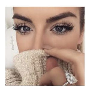 Other - 5 Sets of Long Wispy 3D Lashes